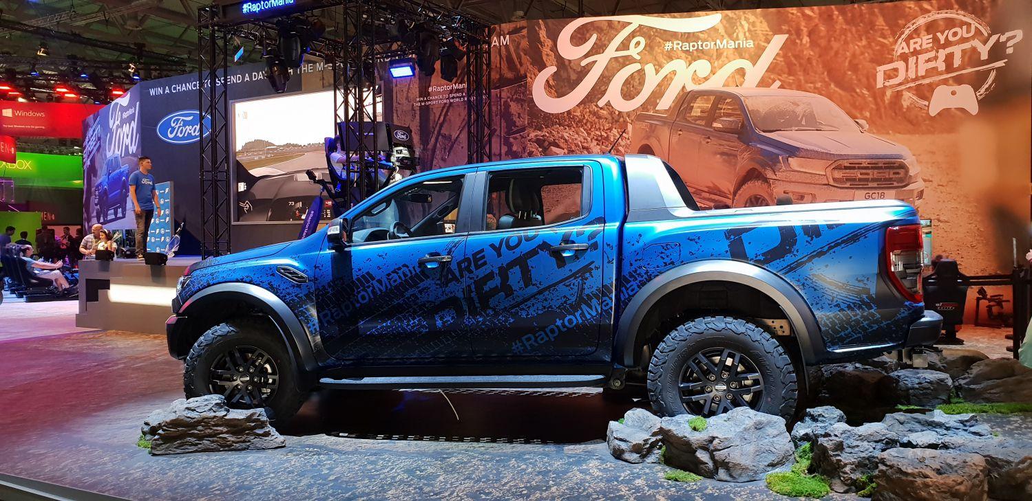 """Ford Ranger Raptor ufficialmente svelato a Gamescom. Lo potrete """"giocare"""" con Forza Horizon 4 thumbnail"""