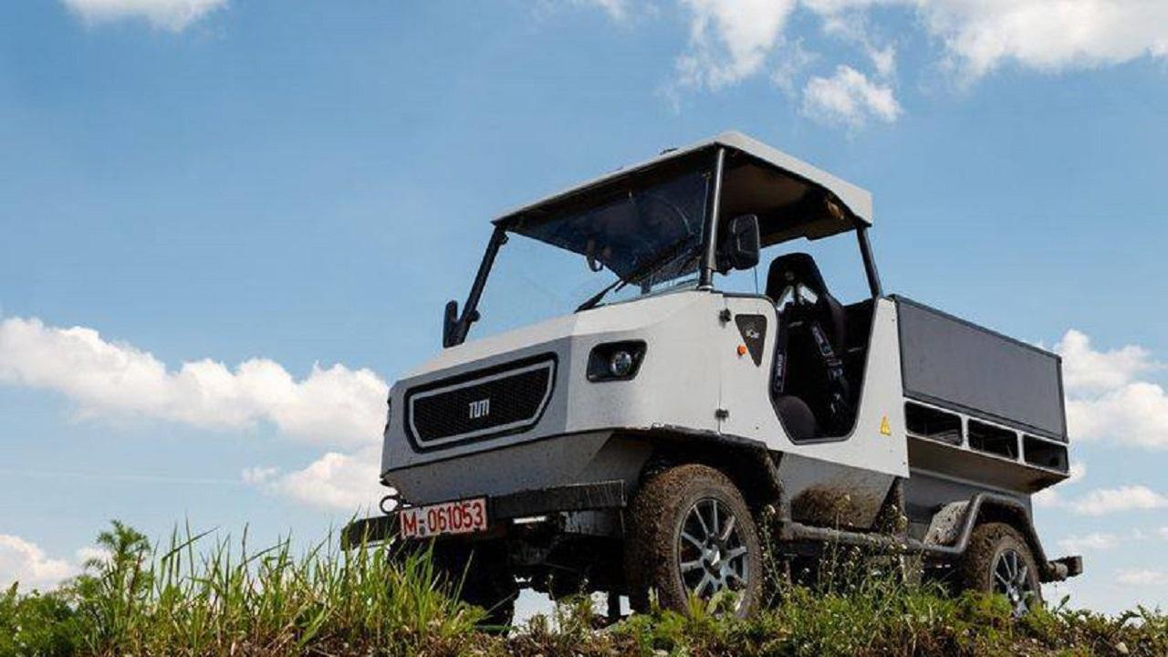 Ecco aCar, l'auto elettrica ideata per il suolo africano thumbnail