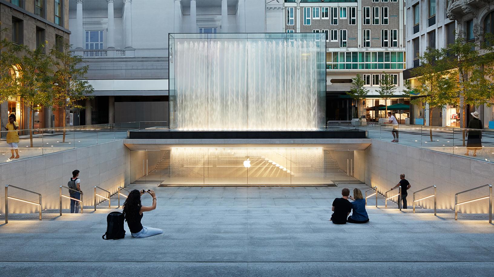 Apple: il nuovo negozio in Piazza Liberty a Milano aprirà giovedì thumbnail