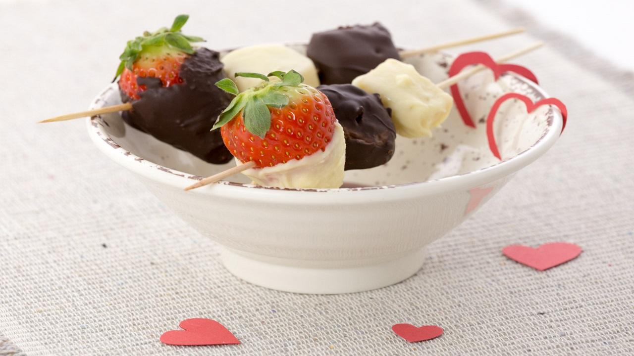 Cook-in-app di Candy: il microonde perfetto per stupire la dolce metà a San Valentino thumbnail