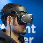 ces-2017-lenovo-presenta-il-suo-primo-headset-per-la-realta-virtuale-media-0