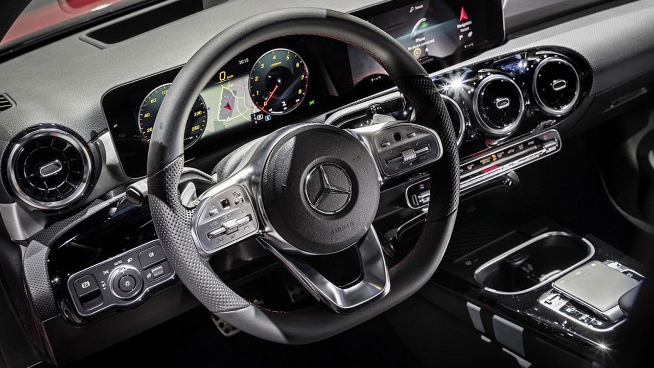 Nuance Dragon Drive supporta il sistema MBUX della nuova Mercedes Classe A thumbnail