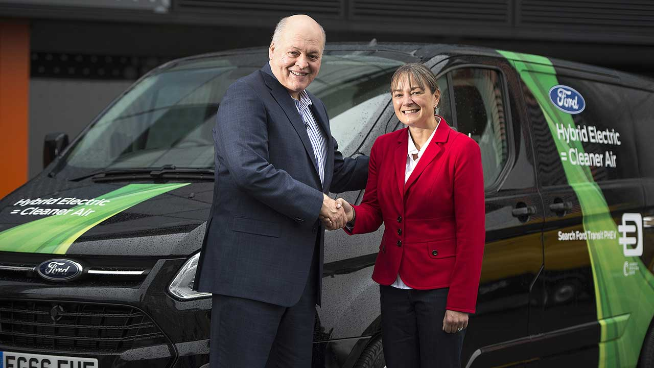 Ford: Jim Hackett inaugura lo Smart Mobility Innovation Office di Londra thumbnail