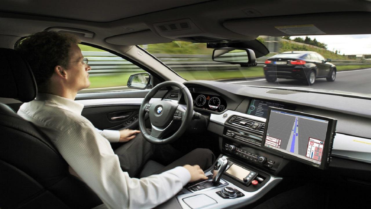Guida autonoma: Fiat si unisce a BMW, Intel e Mobileye thumbnail