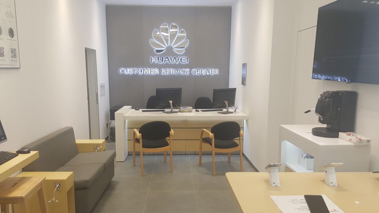 Huawei apre un nuovo centro d'assistenza a Catania thumbnail