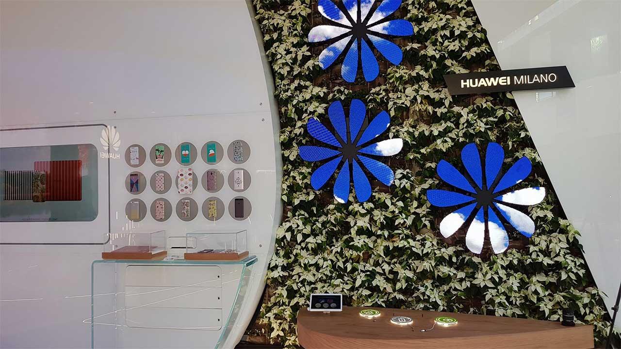 Apre a Milano il Huawei Experience Store, la shopping experience del futuro thumbnail