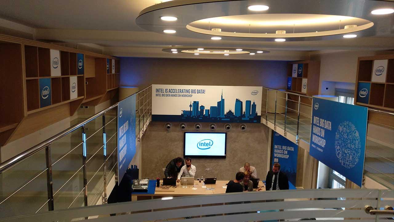 Intel Xeon: scalabili, potenti e rivoluzionari thumbnail