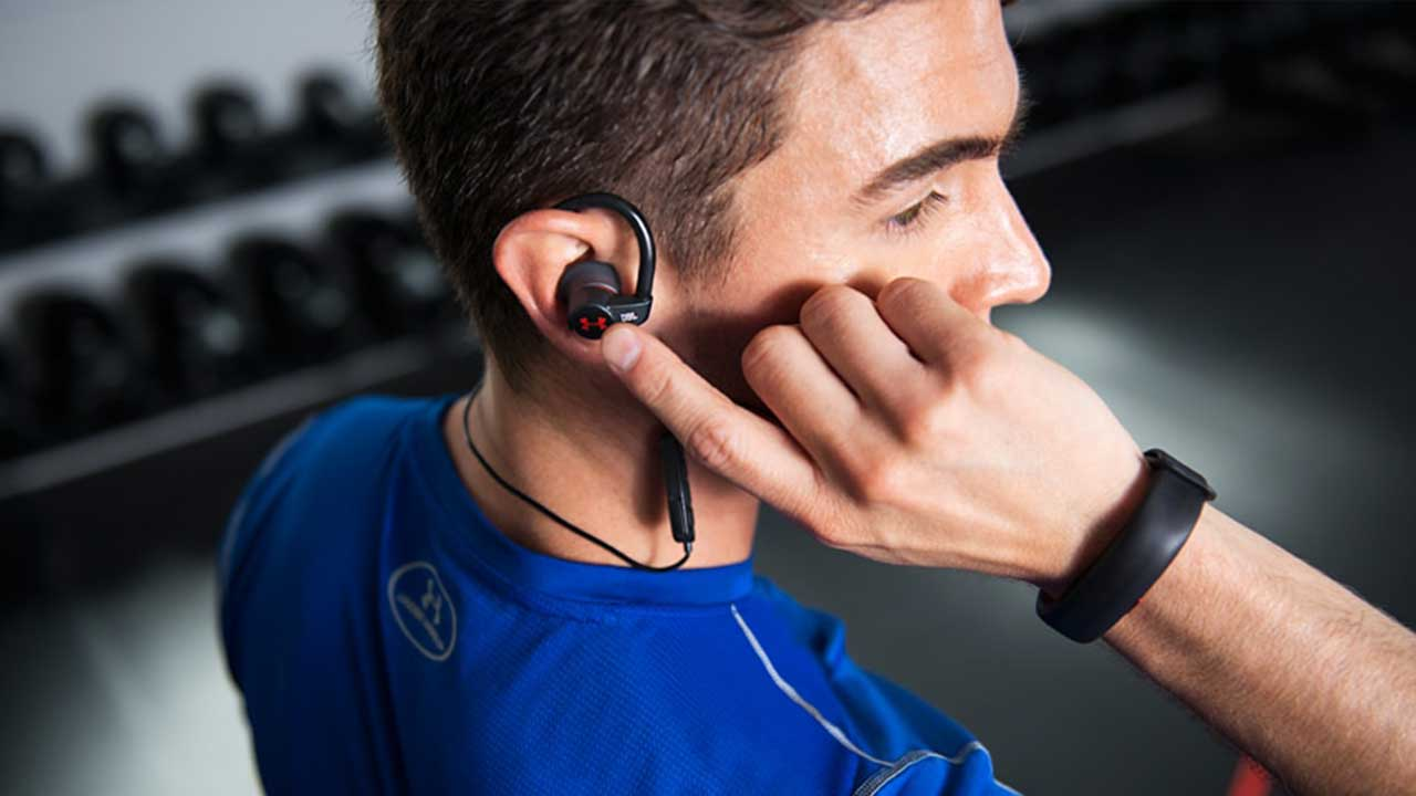 iPerGO annuncia le cuffie Under Armour Sport Wireless Heart Rate by JBL thumbnail
