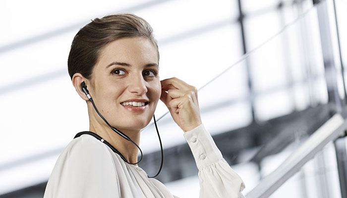 Jabra Evolve 75e: i primi auricolari wireless per le Unified Communication thumbnail