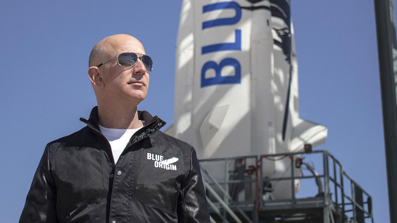 Jeff Bezos si ritira da CEO di Amazon thumbnail