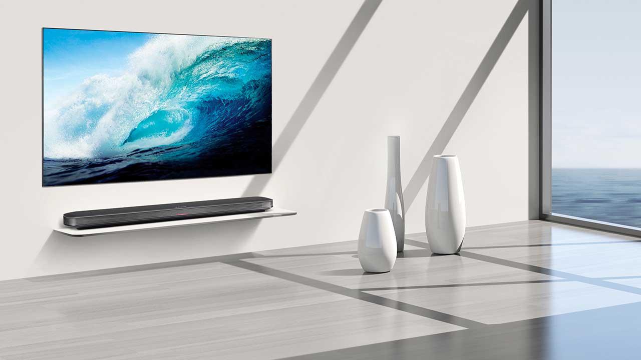 La TV OLED LG Signature W7 arriverà in Italia a maggio thumbnail