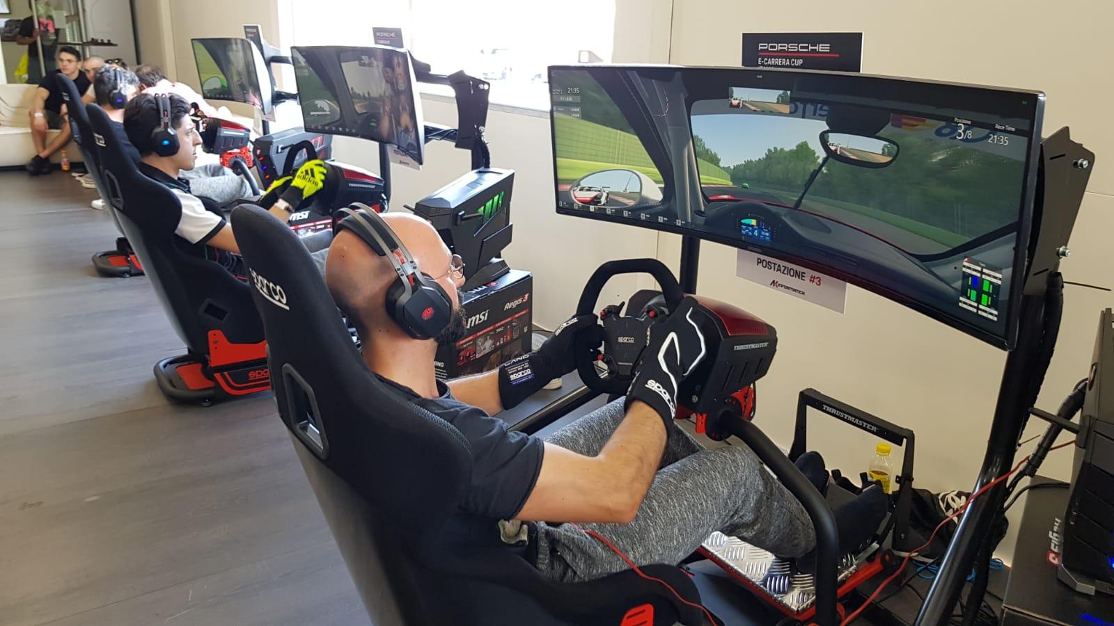 Porsche e-Carrera Cup Italia, i desktop MSI scelti per la competizione thumbnail