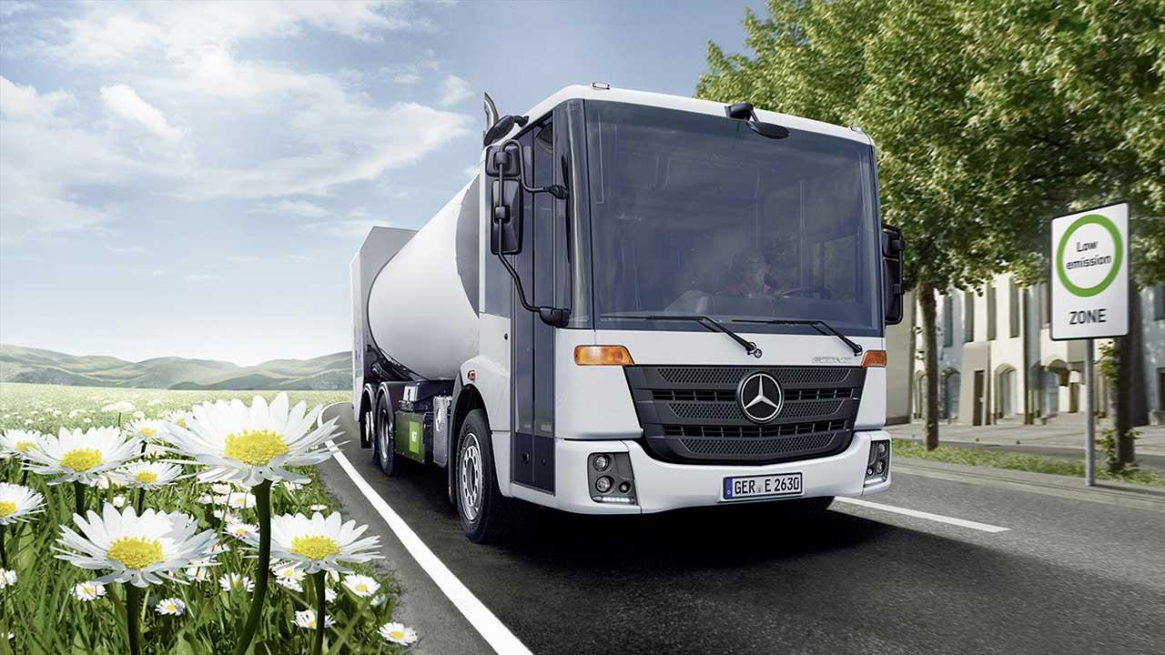 Ecomondo 2017: presenti anche i veicoli industriali Daimler thumbnail