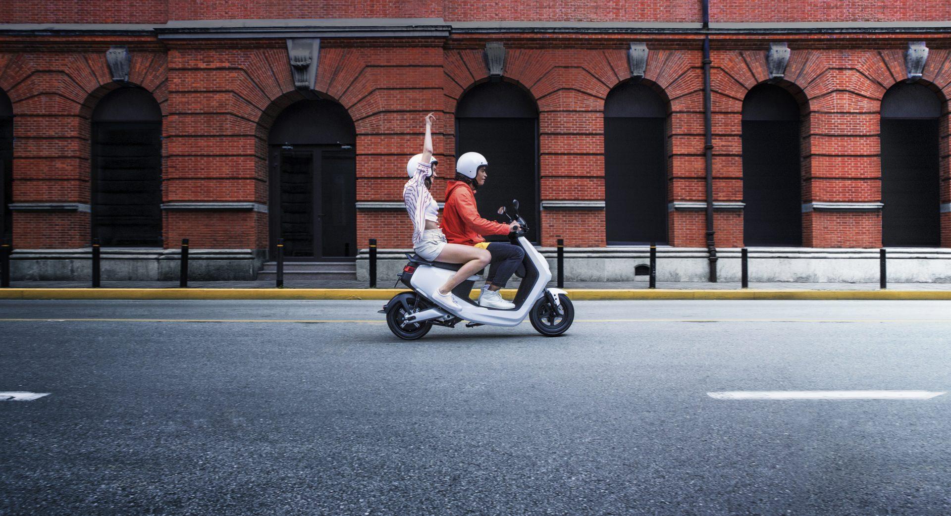 NIU: vi parliamo dei nuovi scooter elettrici M+ e N-GT thumbnail