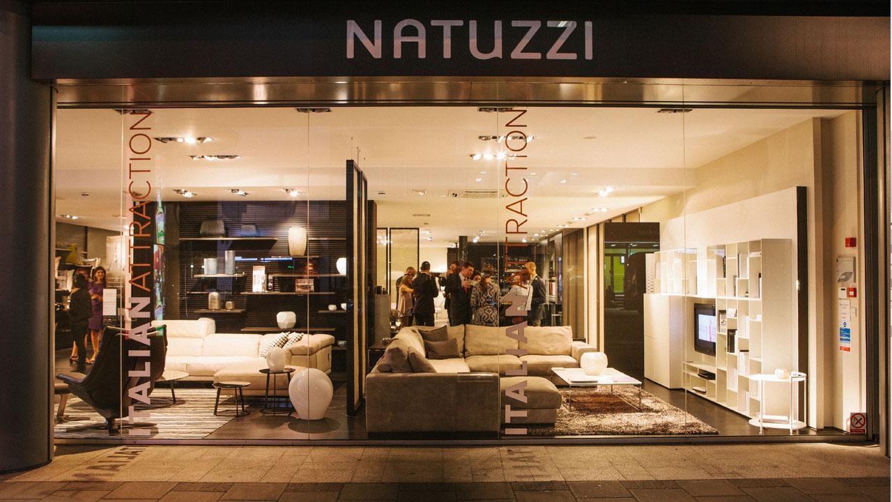 Con LG e Natuzzi il salotto di casa cambio volto thumbnail