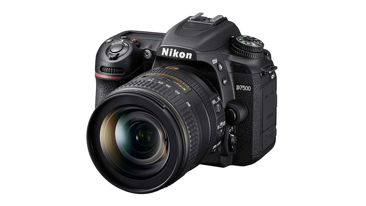 Nikon D7500: una reflex potente e sempre connessa thumbnail