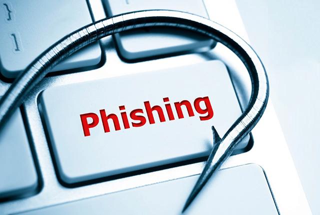 Facebook, nuove minacce: guida alla sopravvivenza sul social tra phishing e malware thumbnail