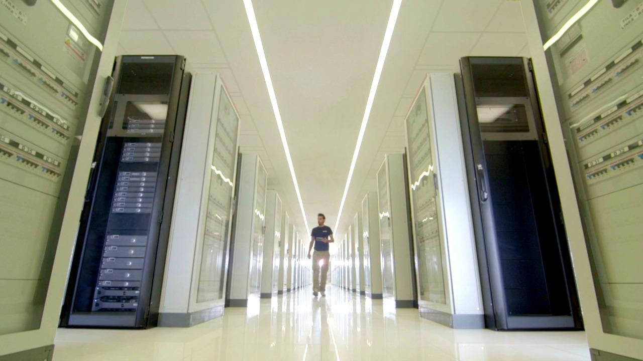 kingstom data center film