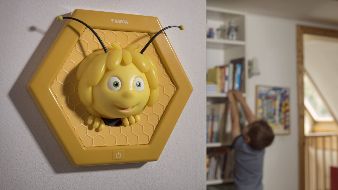 Varta presenta le lampade dell'Ape Maia dedicate ai bambini thumbnail