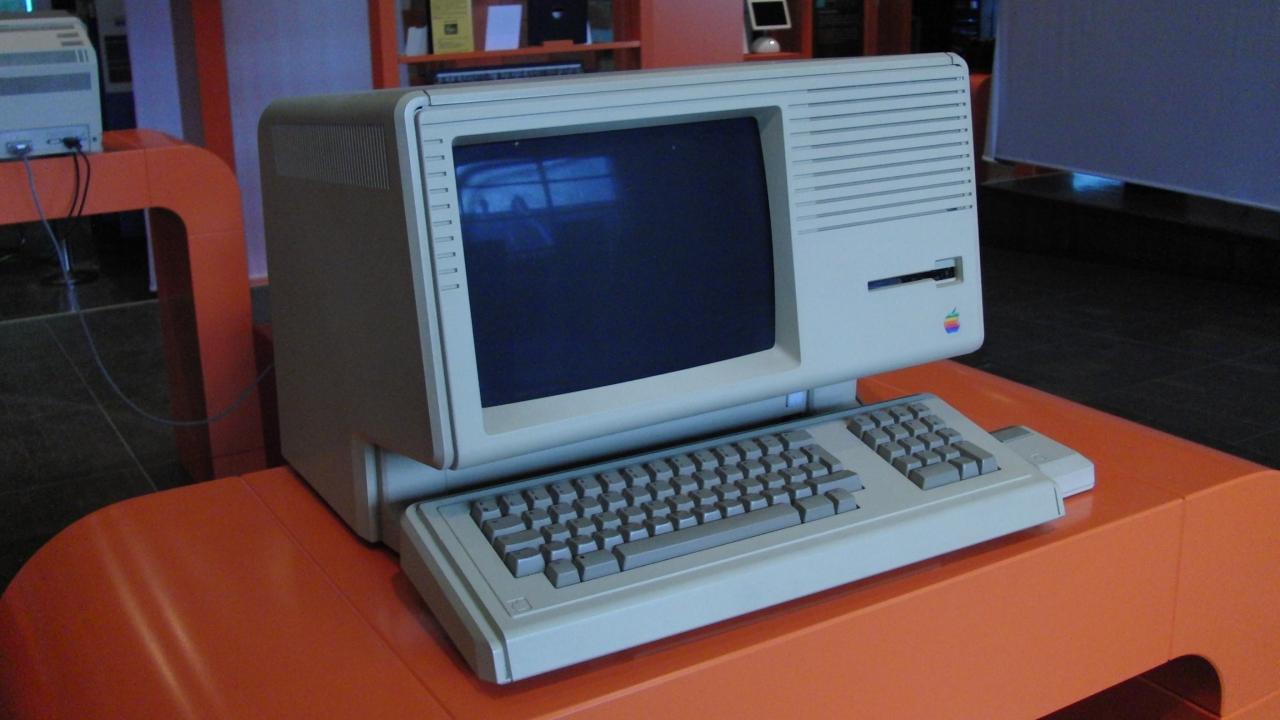 Apple: nel 2018 sarà possibile scaricare il SO di Lisa gratuitamente thumbnail
