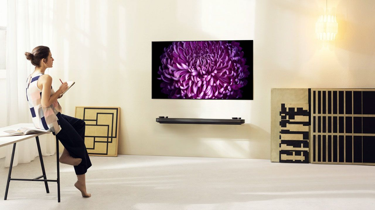 [CES 2017] LG presenta i nuovi sottilissimi televisori OLED della serie W thumbnail
