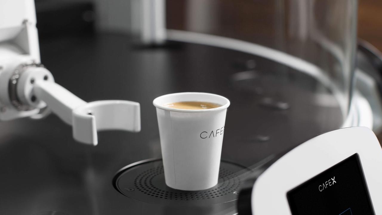 Cafè X: quando il barman è un robot thumbnail