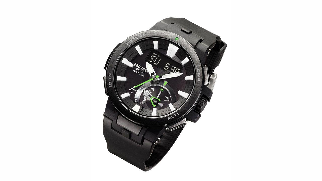 Casio presenta l'orologio PRW-7000 dotato della nuova tecnologia Triple Sensor