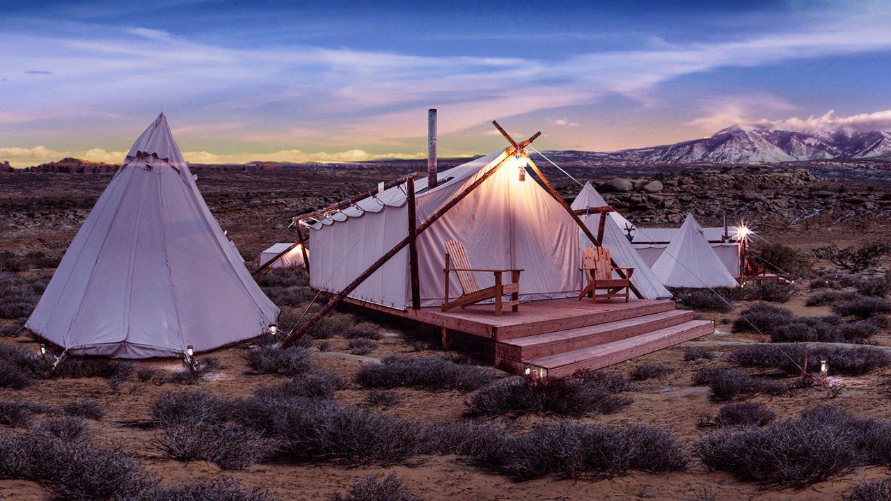 10 destinazioni dove sperimentare il campeggio di lusso thumbnail