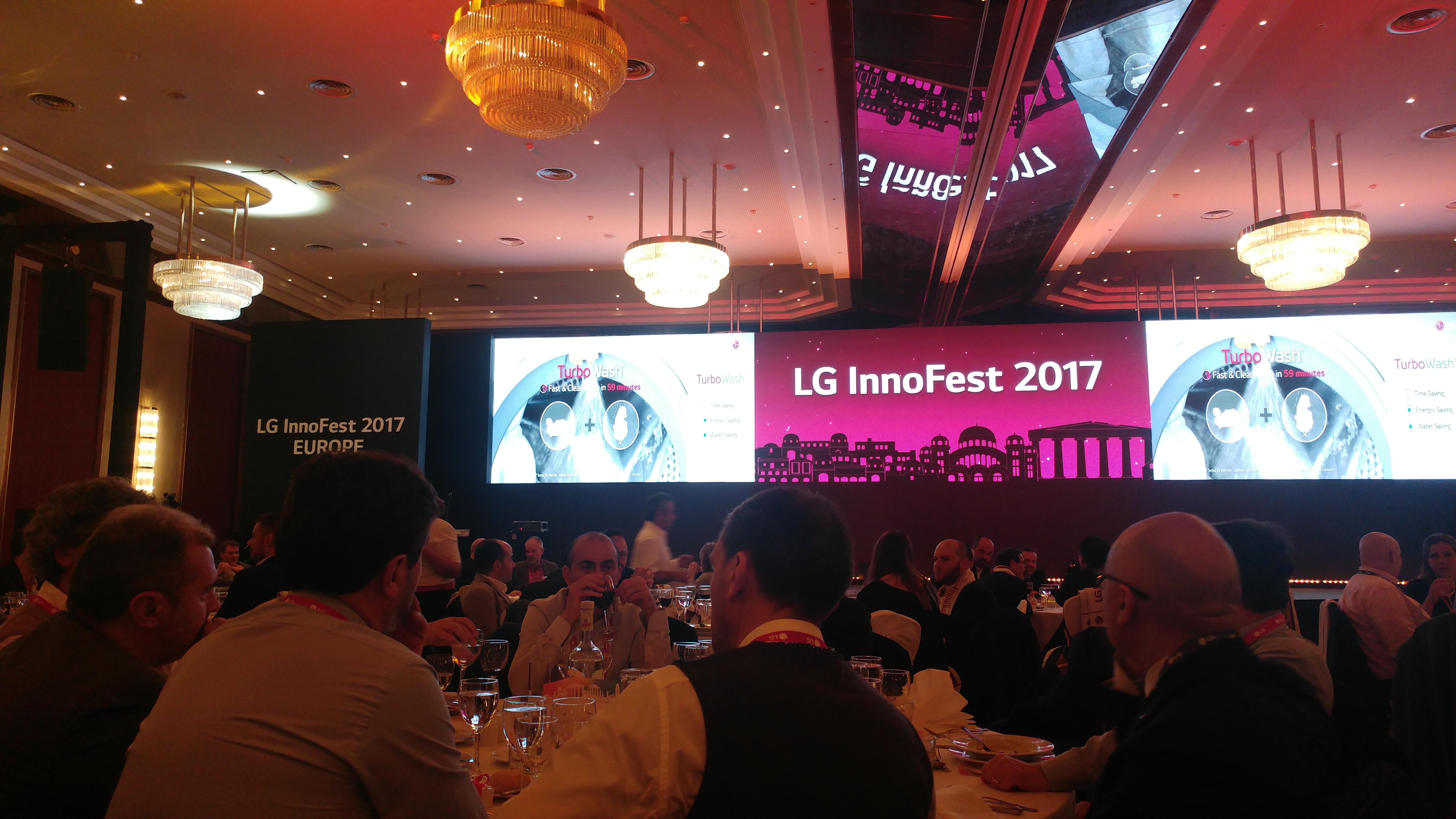 Gli elettrodomestici del futuro secondo LG thumbnail