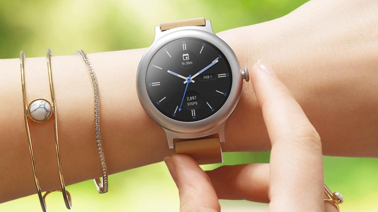LG e Google svelano i primi due smartwatch con Android Wear 2.0 thumbnail