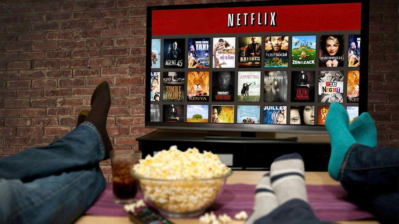 Netflix: il 2017 è l'anno del binge watching, ecco le serie più viste thumbnail
