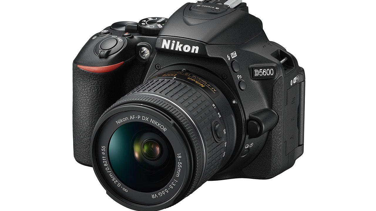Arriva Nikon D5600, la reflex che libera la vostra creatività thumbnail