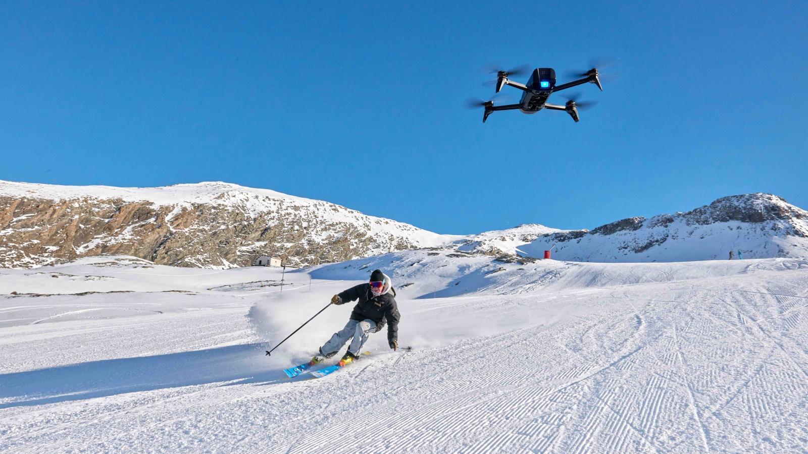Flight Director: un pratico tool di video editing per i droni Parrot thumbnail
