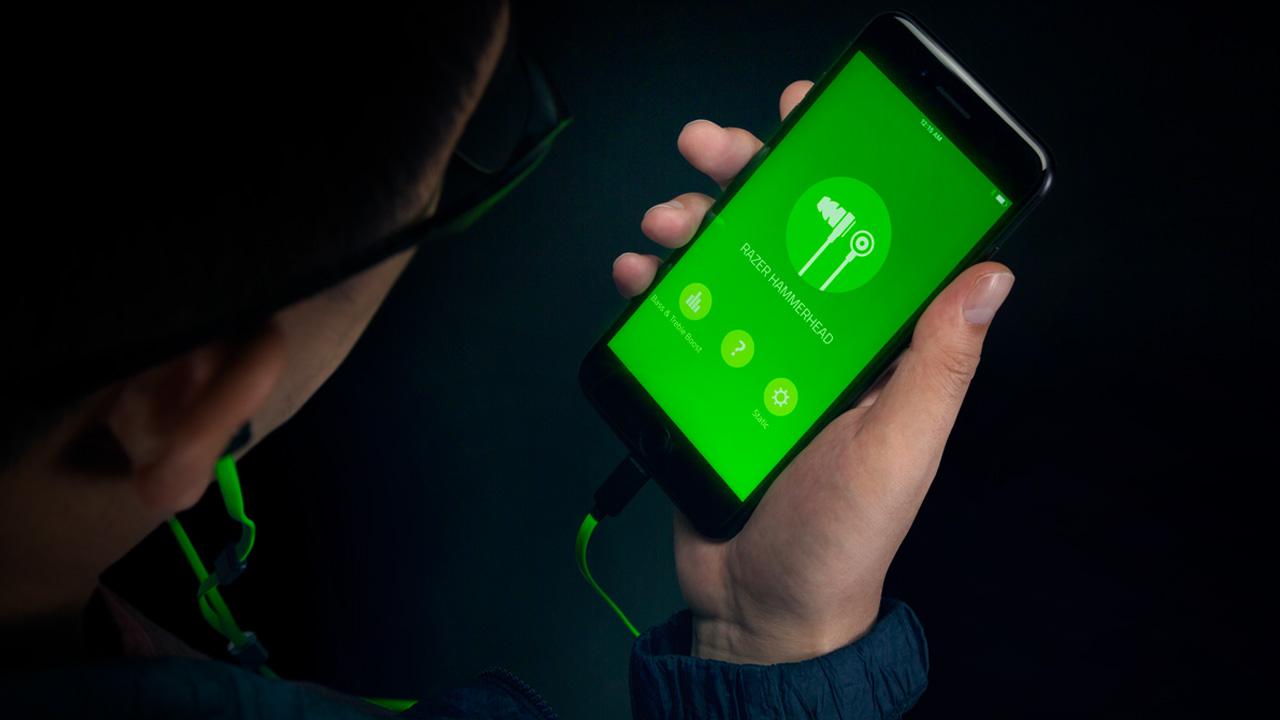 Arrivano gli auricolari in-ear Razer Hammerhead BT ed iOS Lightning thumbnail