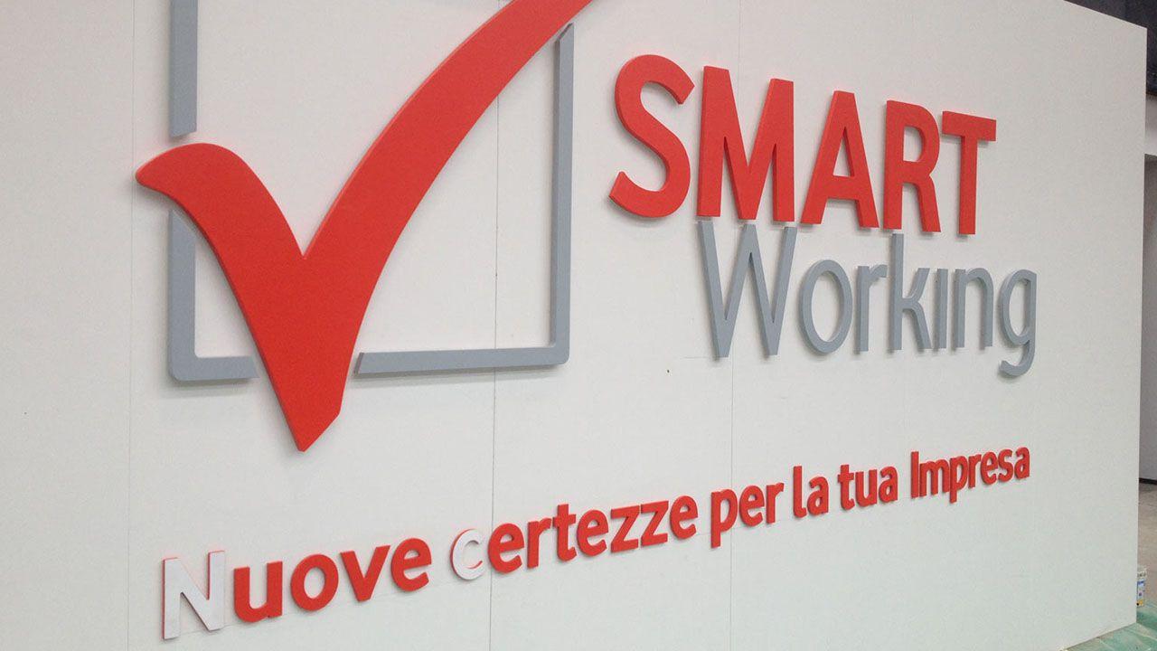 Vodafone: un giorno di smart working in più per neo-mamme e neo-papà thumbnail