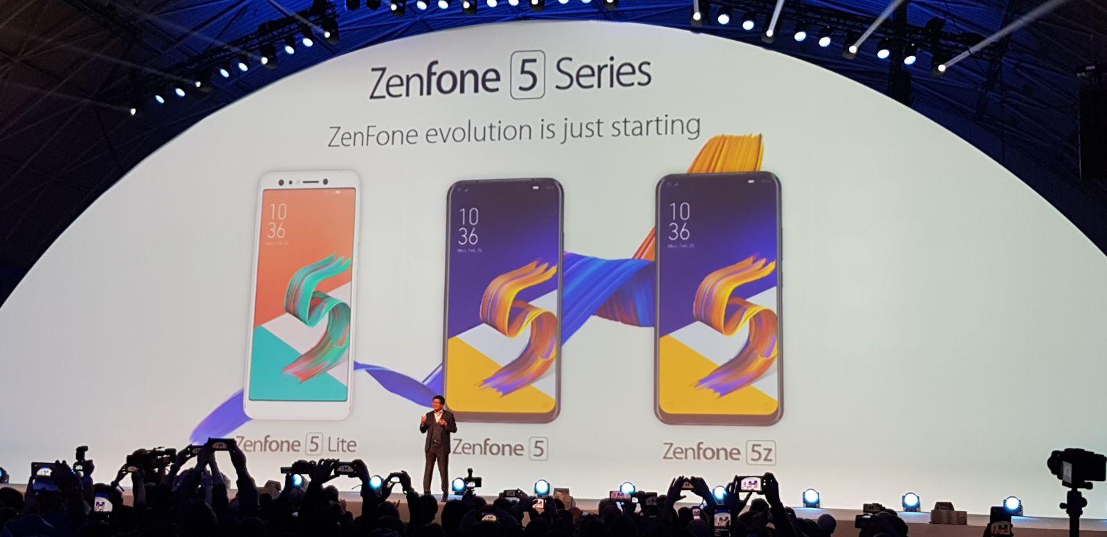 Asus ZenFone 5, 5Z e Lite ufficiali: specifiche, disponibilità e prezzi thumbnail