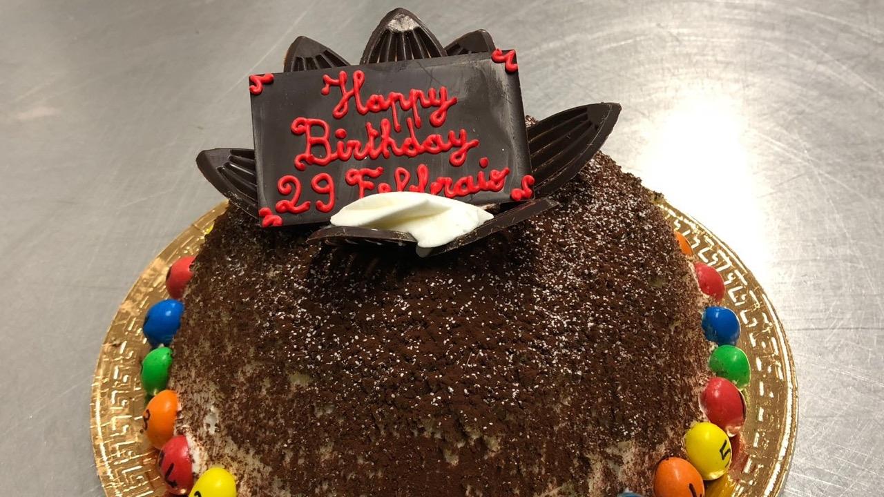 Deliveroo: una torta speciale per chi è nato il 29 febbraio thumbnail
