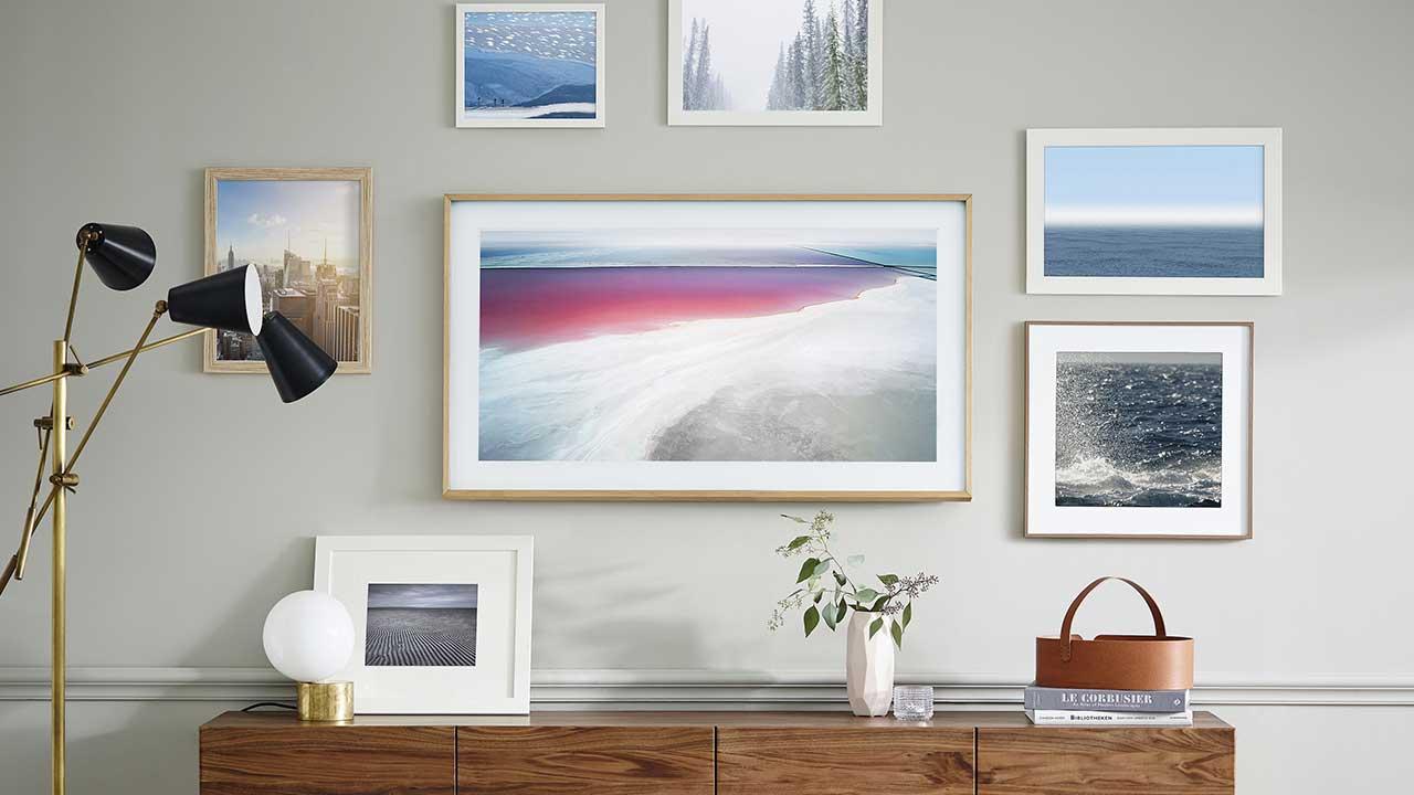 """Il TV """"The Frame"""" di Samsung è ora disponibile in Italia thumbnail"""