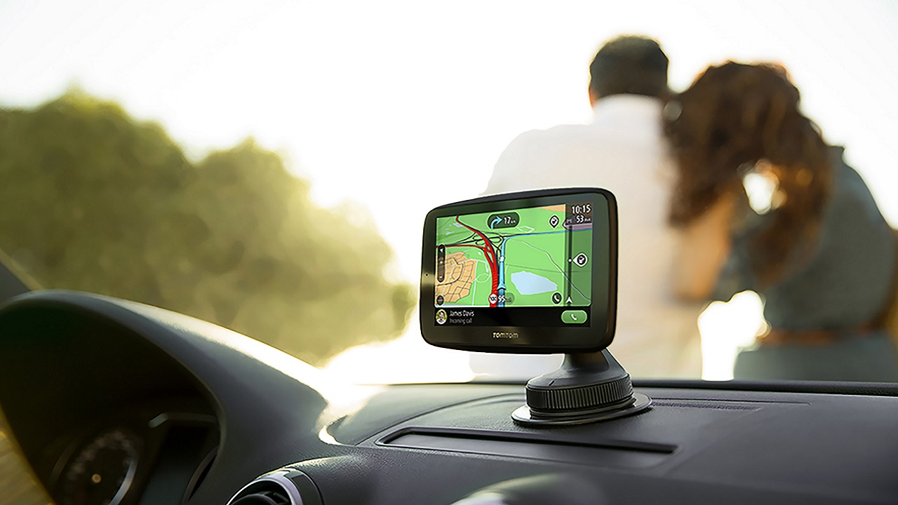 TOMTOM GO Essential: navigazione potente integrata con lo smartphone | IFA 2018 thumbnail