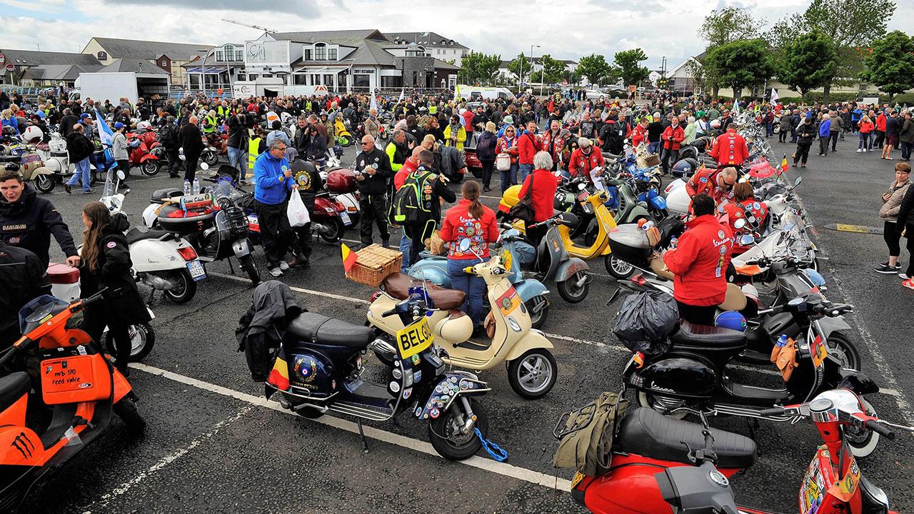 Vespa World Days: 3000 partecipanti per festeggiare l'amato scooter thumbnail