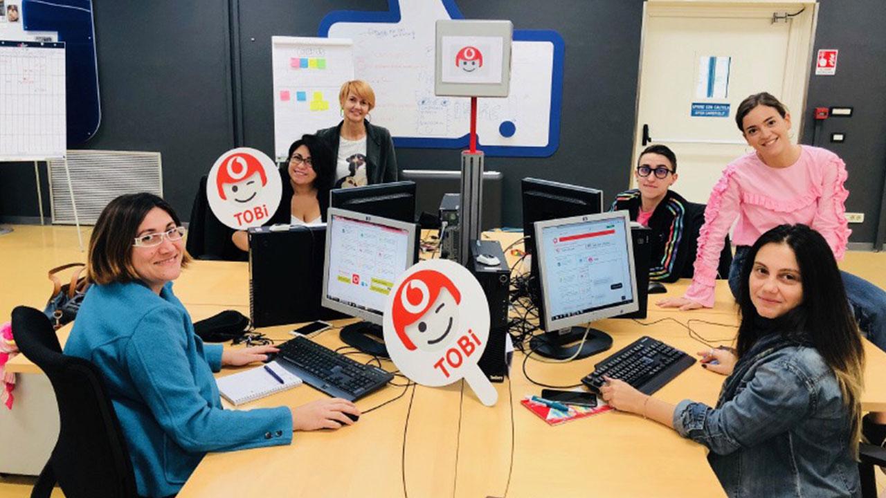 Vodafone presenta TOBi, il nuovo assistente digitale thumbnail