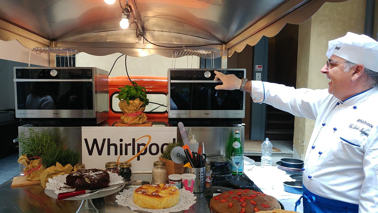 Whirlpool Supreme Chef: il forno a microonde per l'Alta Cucina thumbnail