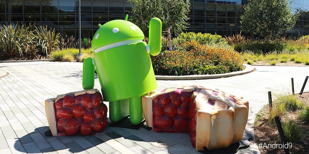 In arrivo in estate l'aggiornamento ad Android Pie per LG V30 ThinQ thumbnail