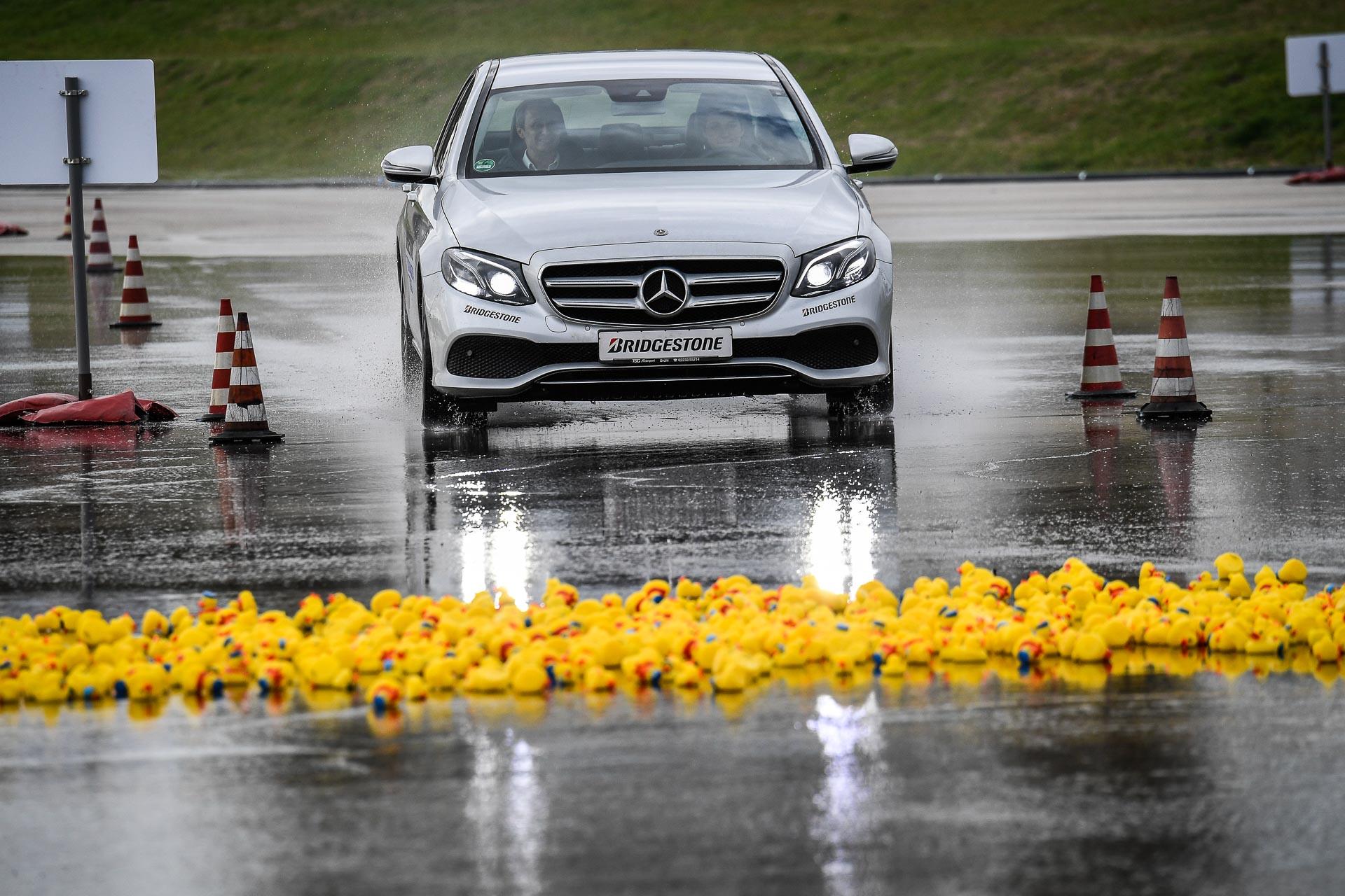 """Bridgestone Turanza T005: prova su strada dei pneumatici da """"pioggia"""" thumbnail"""