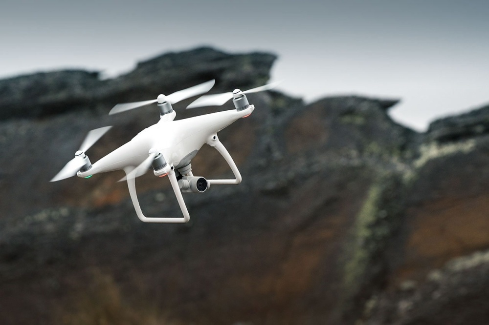 DJI AeroScope è ufficiale: ecco come saranno monitorati tutti i droni thumbnail