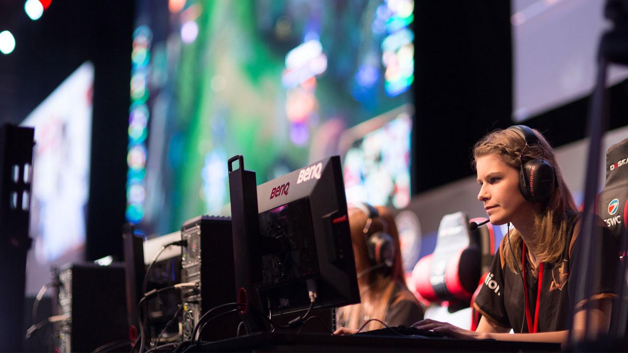 eSports, Women in Games chiede più spazio per le donne thumbnail