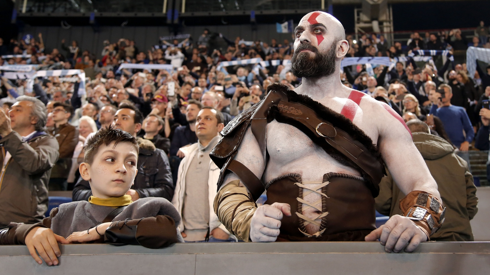 God of War: Kratos e Atreus invadono il derby Lazio-Roma thumbnail