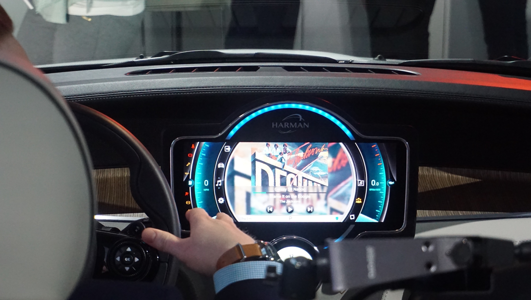 [CES 2018] Harman presenta le ultime novità tecnologiche in tema di automotive thumbnail