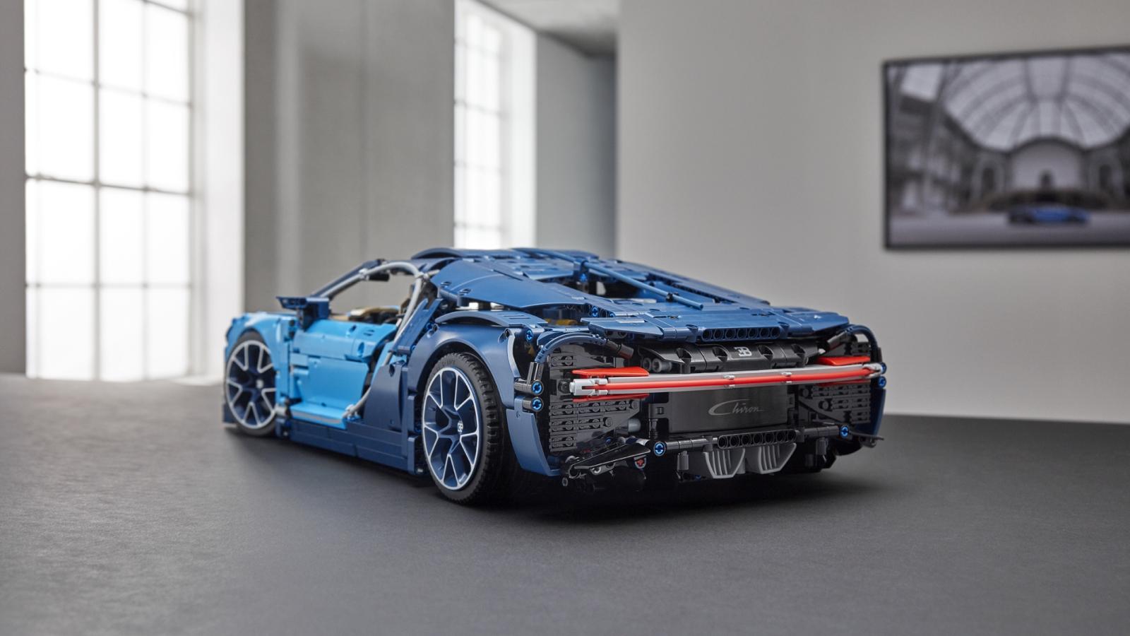 La nuova Bugatti Chiron diventa un modello LEGO Technic thumbnail