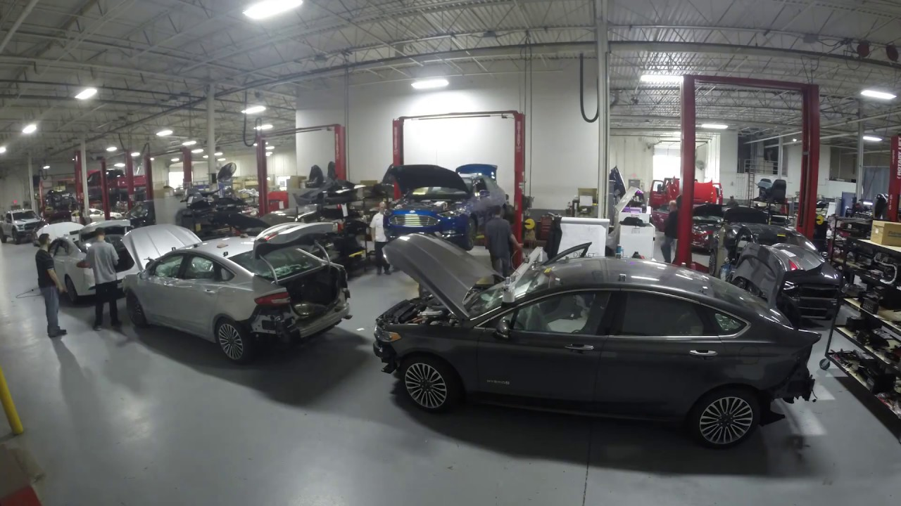 I segreti della guida autonoma: Ford svela le tecnologie della nuova generazione di prototipi thumbnail